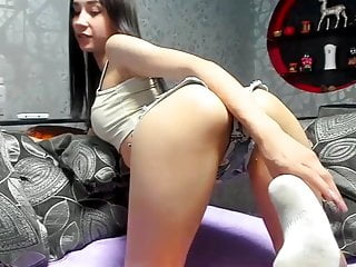 Sexy Tight Pain In The Neck Babe In Arms Veronica Pussy Show